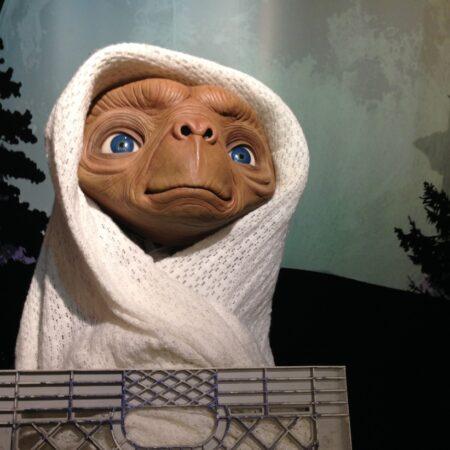 E.T. di Steven Spielberg (1982)